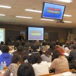 会場は熱心な参加者でほぼ満席となった